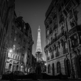 Paris pictures – Eiffel Tower night photo